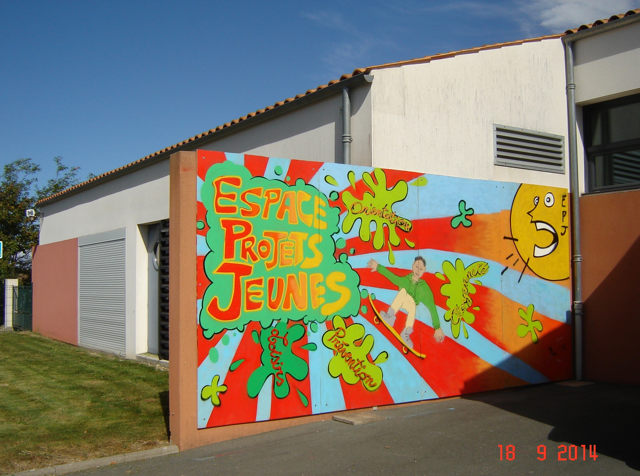 Fresque du local jeunes - Saint-Vivien